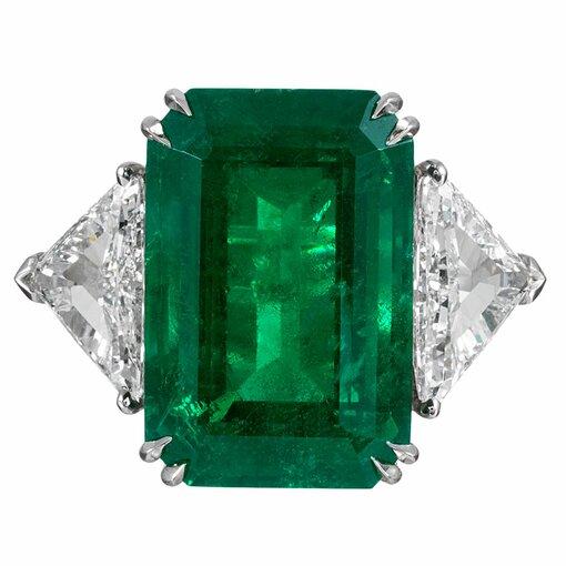 15.65 Carat Emerald & Diamond Ring