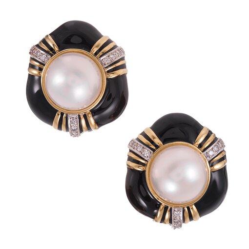 1980s Enamel Mabe Pearl Gold Earrings