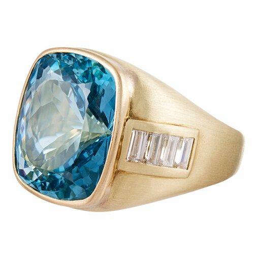 15 Carat Aquamarine & Baguette Diamond Ring