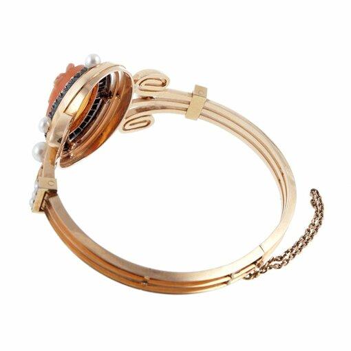 Amazing Antique Cameo Bracelet